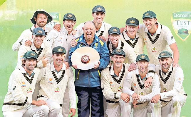 Another Innings Victory For The Aussies - Sakshi
