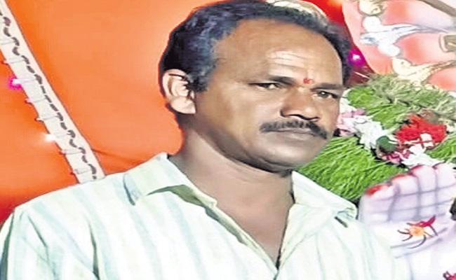 Vijaya Reddy Attender Chandrayya Died - Sakshi