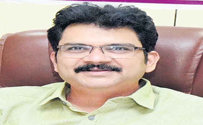 Hanumantha Rao as the best collector - Sakshi