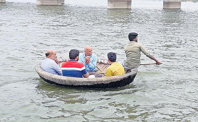Asphalt Immersion Of Priyanka At Jogulamba - Sakshi