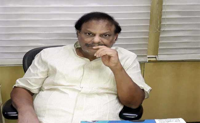 MLC Rama Krishna Reddy Fires On Chandrababu Over Kurnool Visit - Sakshi