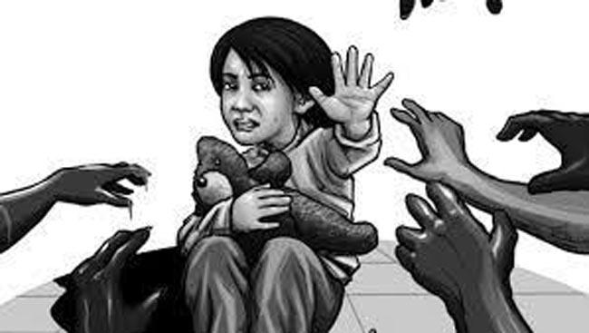 Two minor girls molested by truck driver, another her father harrasment - Sakshi