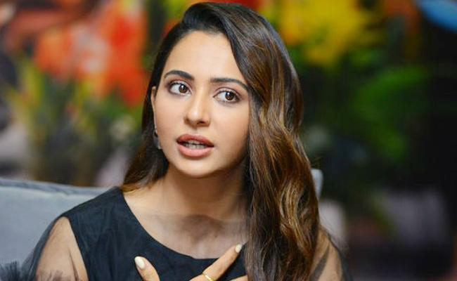 Rakul Preet Singh sold out her house in Hyderabad - Sakshi