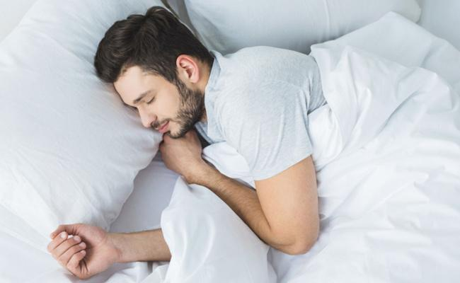 Too Little Or Too Much Sleep Linked With Incurable Lung Disease - Sakshi