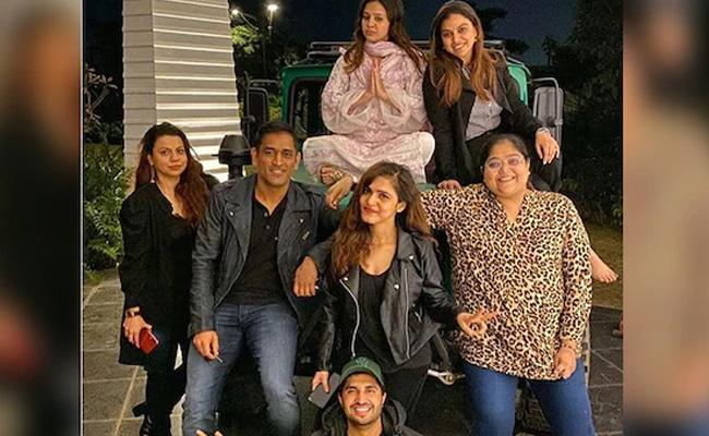 Jassie Gill Thanks MS Dhoni Says Host An Unforgettable Trip For Him - Sakshi