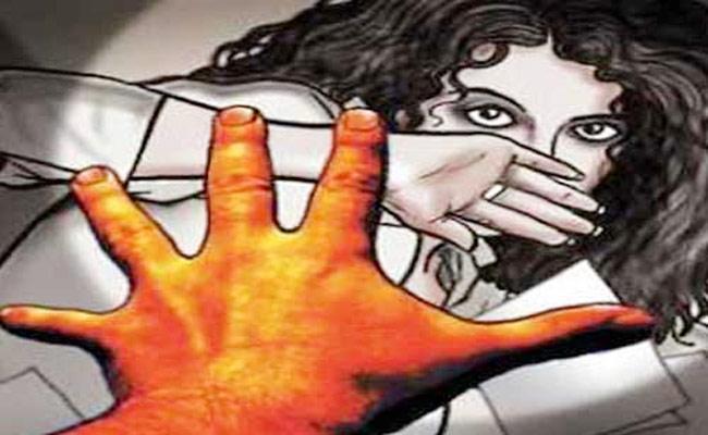 Man Gets 5 Year Jail For Molesting Daughter In Mumbai - Sakshi