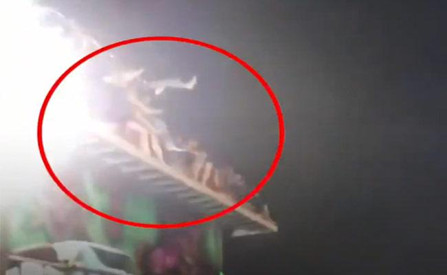 Viral Video: People Flung From Ride At Carnival In Thailand - Sakshi