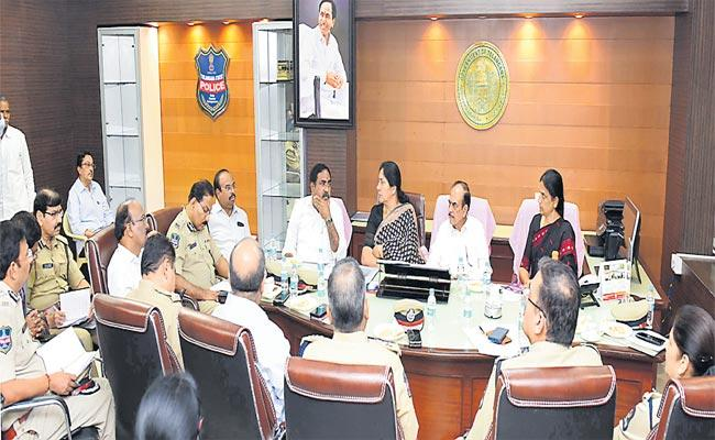 A High Level Review Meeting With Several Ministers In Home Minister Office About Womens Safety - Sakshi