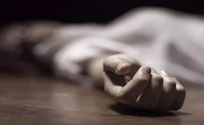 Man Kills Wife in Bangalore - Sakshi