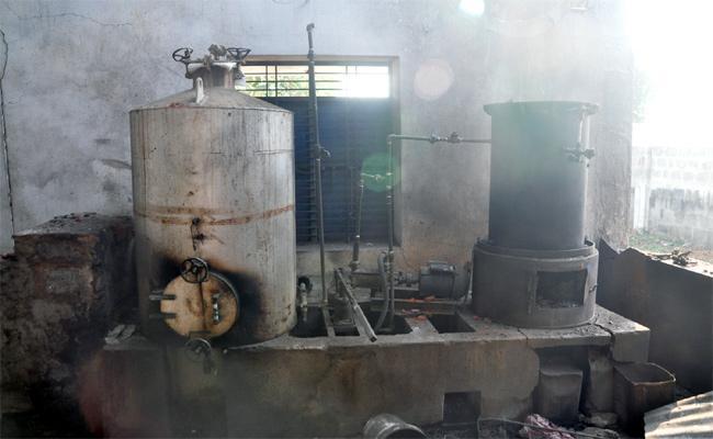 Boiler Blast in Srikakulam Cashew industry - Sakshi