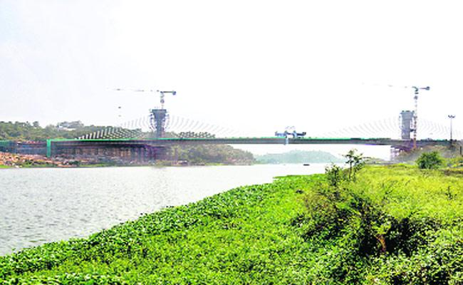Hyderabad Lakes To Be Developed As Tourist Destinations - Sakshi