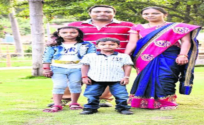 Wife Leaves House With Children After Writing Letter To Husband In Musheerabad - Sakshi