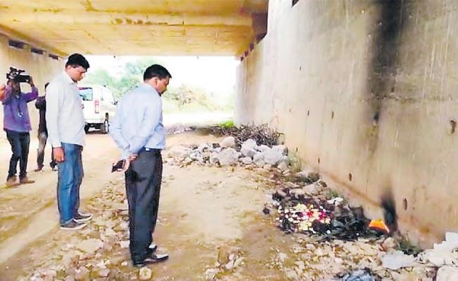 Clues Team Visited Disha Incident Spot With Criminals For Clues - Sakshi