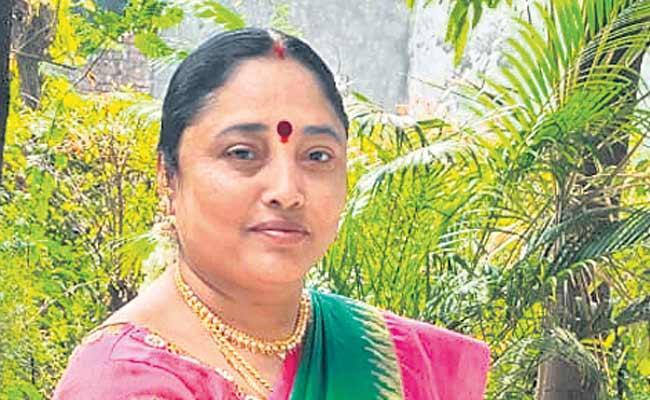 Yenam Kanchana Won The Second Term As Mayor - Sakshi