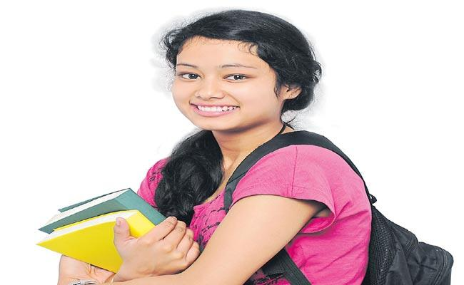 TS Government Making My Choice My Future Pilot Project For Students In Telangana  - Sakshi
