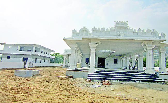 Construction of the Surya Bhagavan Temple in Suryapet District - Sakshi