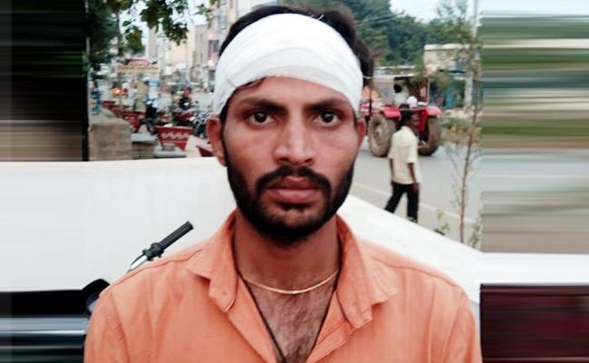 Attack on Groom For Commission in Kurnool - Sakshi