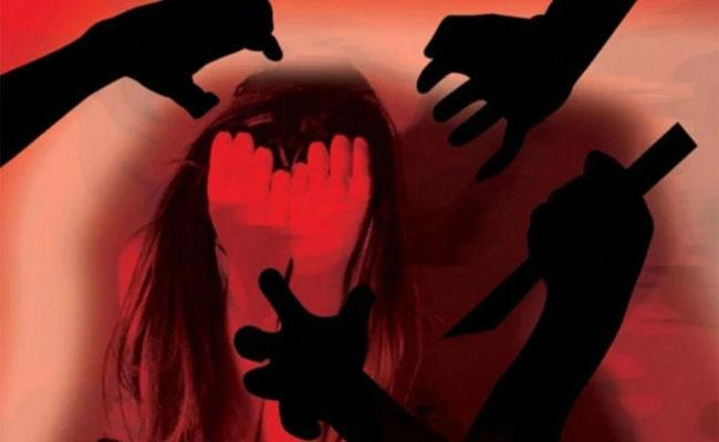 In Haryana 17 Year Girl Molested By Four Men - Sakshi