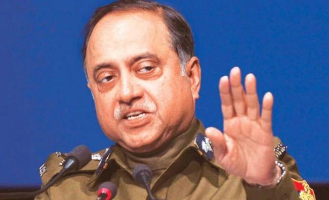 Ex-Delhi Police Chief Neeraj Kumar comments on nirbhaya case - Sakshi