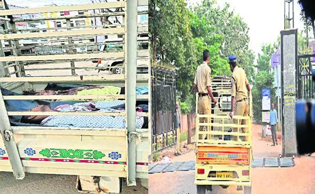 Amid Ruckus After Disha Accusers Postmortem At Mahabubnagar Govt Hospital - Sakshi
