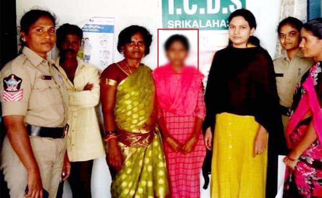 ICDS Officials Stops Child Marriage in Tirupati - Sakshi