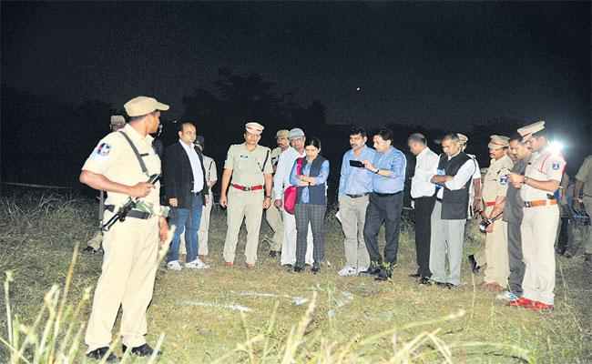 Human Rights Commission Visited Disha Spot For Investigation About Encounter - Sakshi