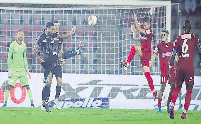 Indian Super League Is The First Defeat For NorthEast United - Sakshi