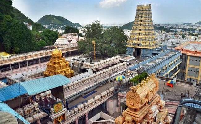 Bhavani Deeksha Viramana Arrangements In Vijayawada - Sakshi