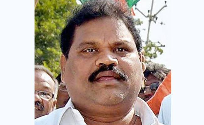 Ex MLC Sudhakar Babu Resigns to TDP - Sakshi