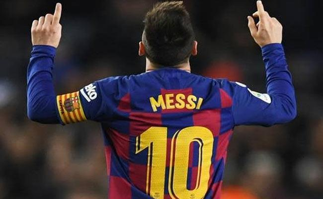 Lionel Messi 35th Hat Trick Over Take Cristiano Ronaldo - Sakshi