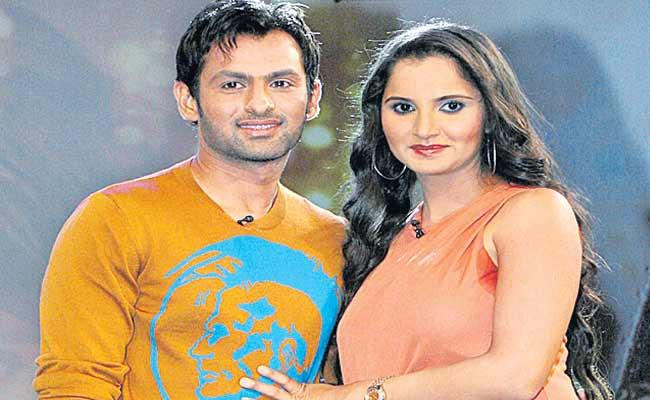 Sania Mirza Revealed That She First Met Shoaib Malik At A Restaurant in Hobart - Sakshi