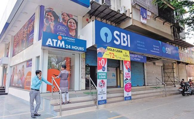 These SBI Debit Cards Become Inactive after 31st December - Sakshi
