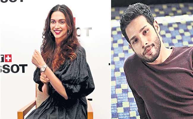 Deepika Padukone And Siddhant Chaturvedi New Movie With Shakun Batra - Sakshi