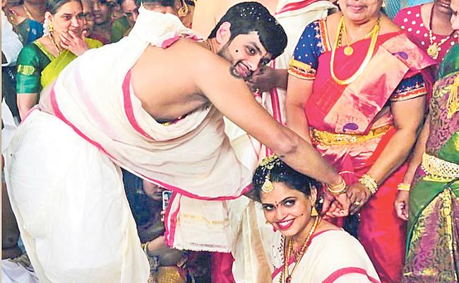 Badminton Player Sai Praneeth Gets Married - Sakshi