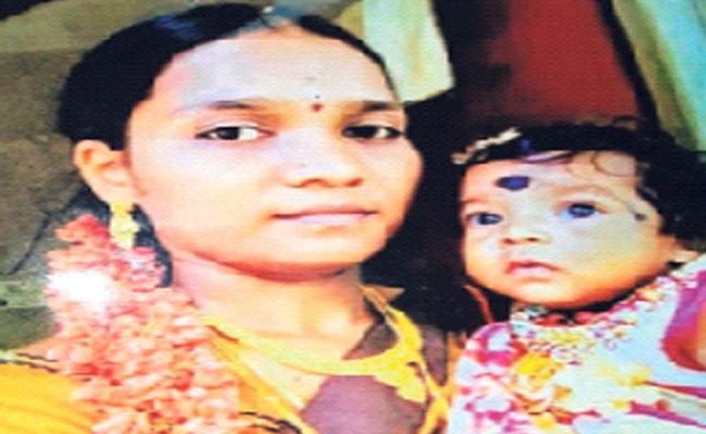 Mother And Child Murdered In East Godavari District - Sakshi