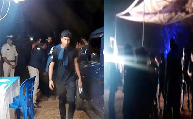 Rave Party in Mango Garden Karnataka 10 Arrest - Sakshi