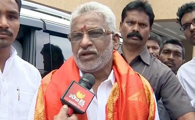 One Free Laddu To Every Devotee, Says YV subbareddy - Sakshi