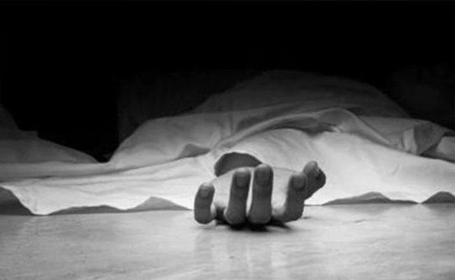 Dead Pakistani Woman Come Back To Life At Funeral Bath- Sakshi
