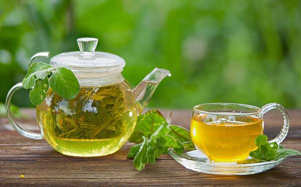 Drinking Green Tea Three Times A Week Could Make Llive Longer - Sakshi