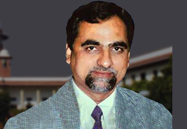 Fresh Probe in Judge Loya Death Case - Sakshi