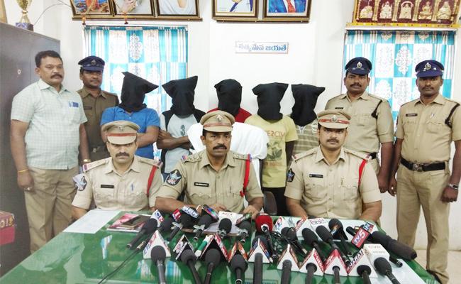 Five Arrest in Molestation And Murder Case PSR Nellore - Sakshi
