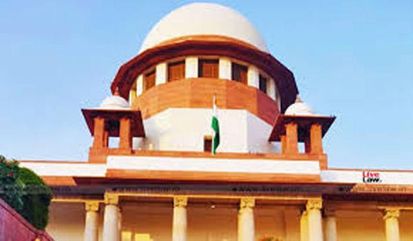 Supreme court Directs Govt To Restore Internet In Jammu Kashmir - Sakshi