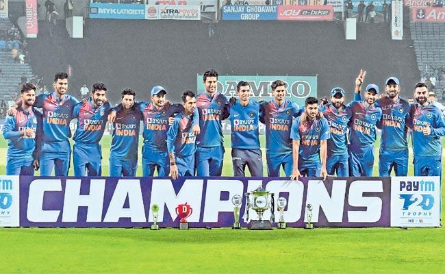 India Beat Sri Lanka By 78 Runs In Final  - Sakshi