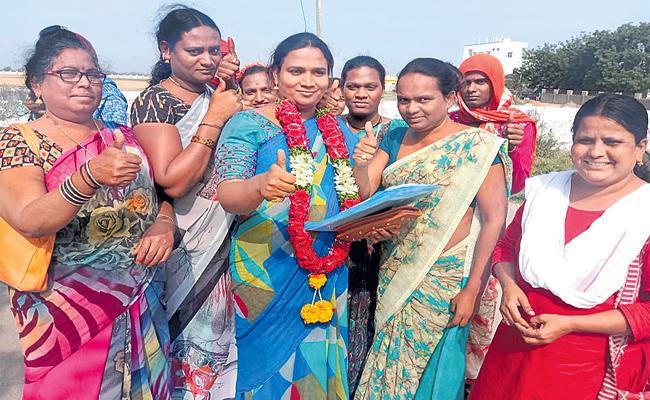 Transgender Nomination in Nizamabad Corporation Elections - Sakshi