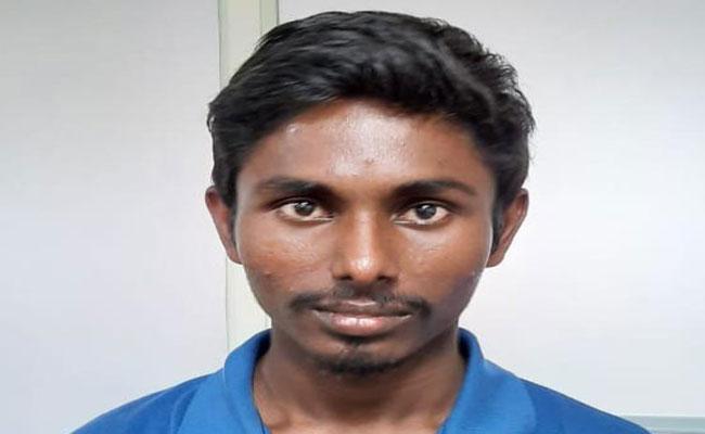 Cyber Crime Police Have Arrested Teenager For Defrauding Young Girls - Sakshi
