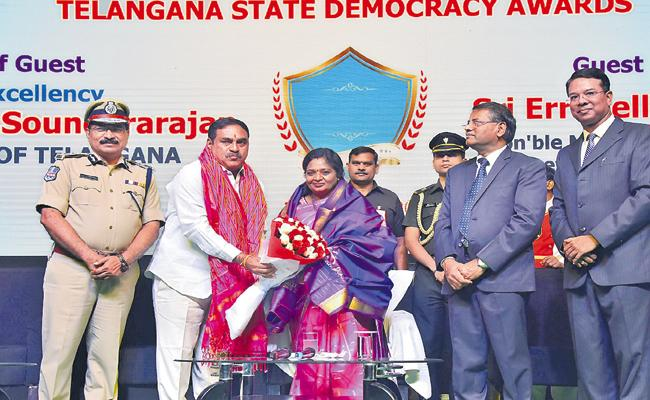 Indian democracy is the best - Sakshi
