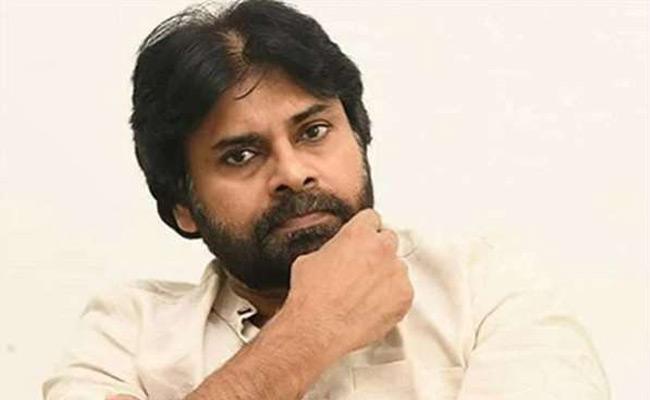 Pawan Kalyan Wait For Appointment Of BJP Leaders - Sakshi