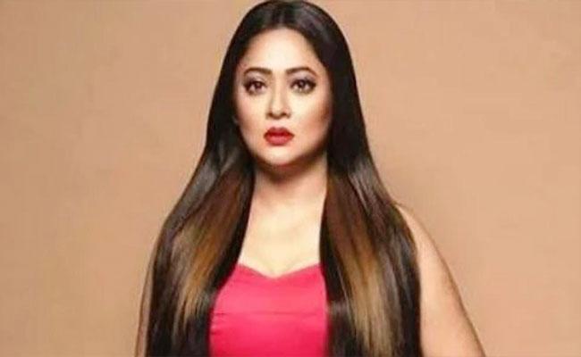 Bengali Actor Rupanjana Mitra Molested By Film Maker Arindam Sil - Sakshi