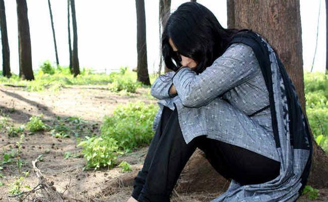 NRI Husband Harassment on Wife Case Filed in Hyderabad - Sakshi