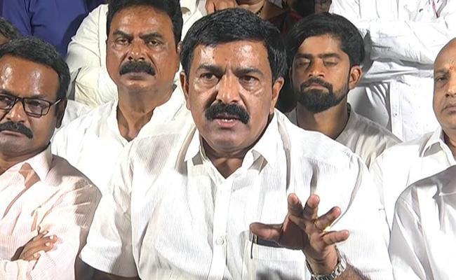 Dwarampudi Chandrasekhar Reddy Slams Pawan Kalyan - Sakshi